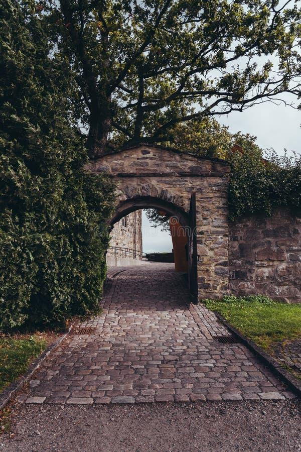 Ingang naar het christendom Fortress in Kristiansand in Noorwegen stock afbeeldingen