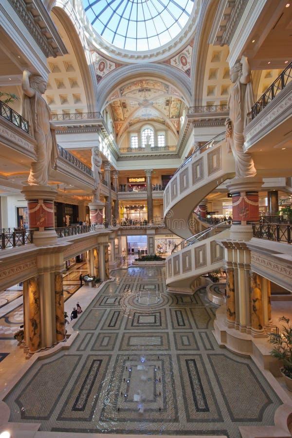 Ingang van de Winkels van het Forum in Las Vegas stock fotografie