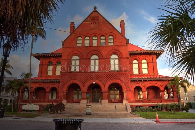 Ingang van het Key West-Museum van Kunst en Geschiedenis in Monroe Cou stock afbeelding