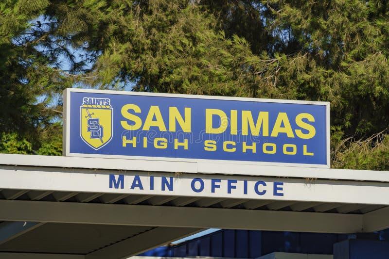 Ingang van San Dimas High School stock afbeelding