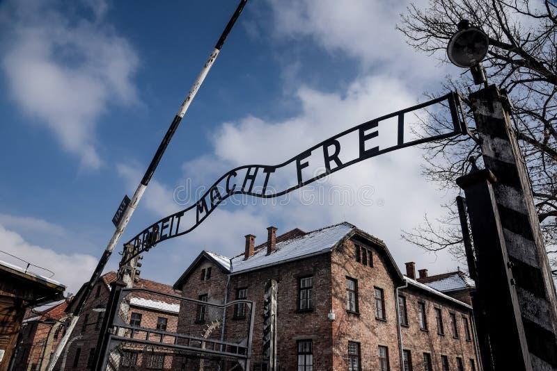 Ingangspoort aan het Auschwitz-Museum in Oswiecim Polen stock fotografie