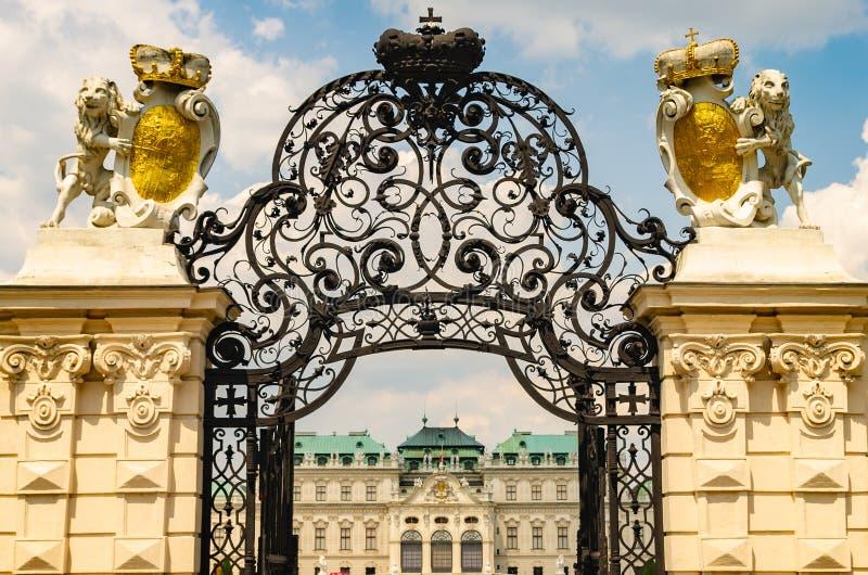 Ingangspoort aan hoger Belvedere Paleis royalty-vrije stock afbeelding