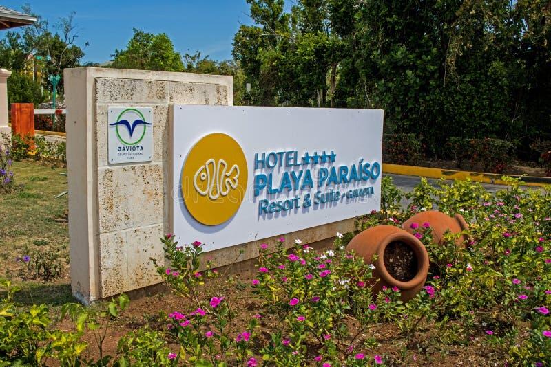 Ingangsteken bij de Toevlucht van Playa Paraiso in Cayo Coco, Cuba stock foto