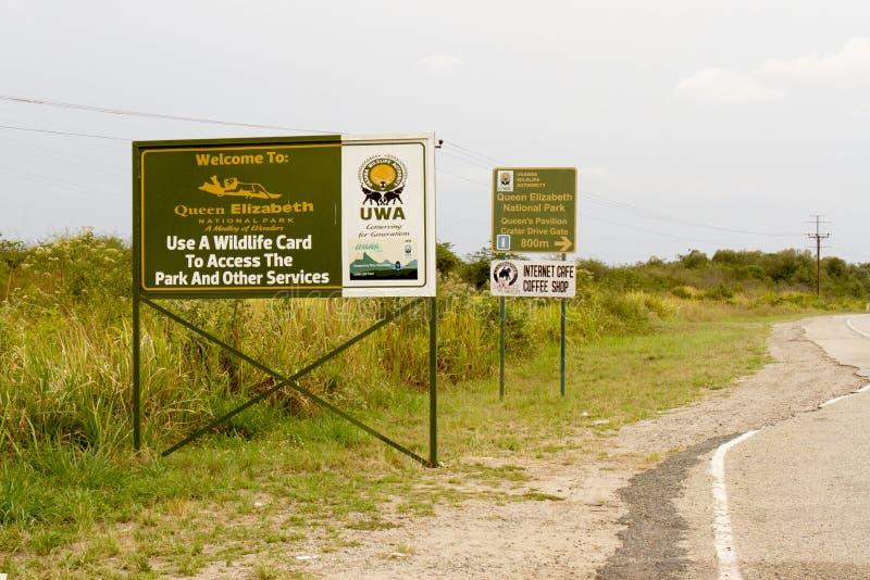 Ingangstekens aan Koningin Elizabeth National Park, Oeganda royalty-vrije stock afbeeldingen