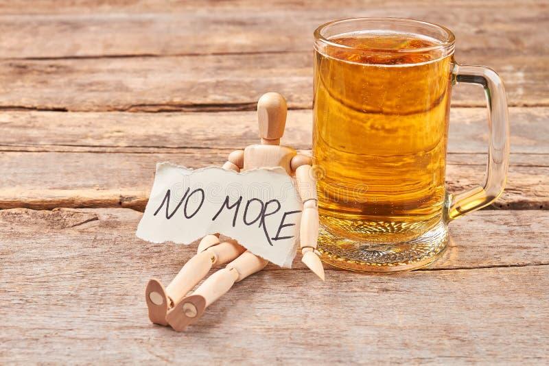 Ingen mer alkohol som dricker begrepp royaltyfri fotografi