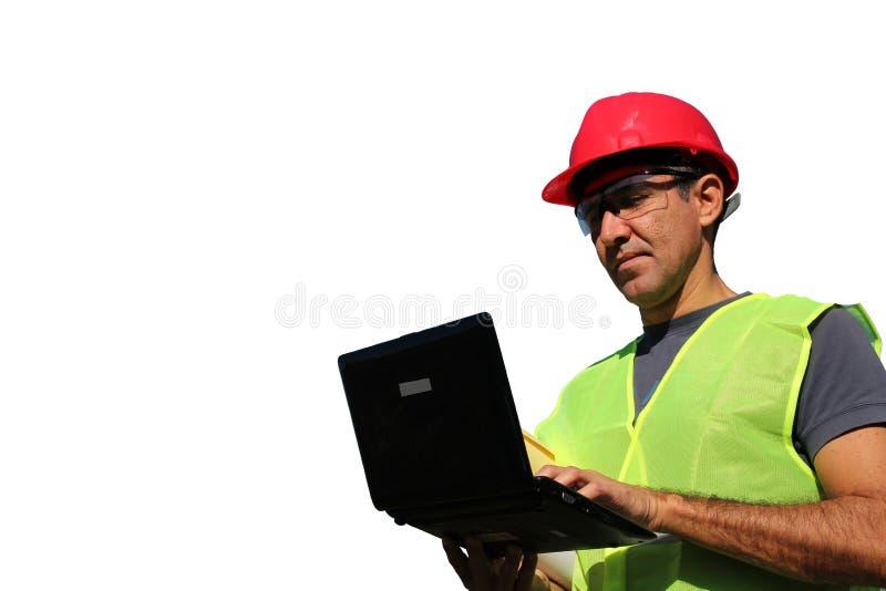 Ingenieur, der Laptop verwendet lizenzfreie stockfotos