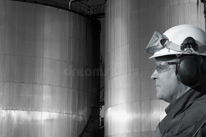 Ingenieur en de industrie stock foto's