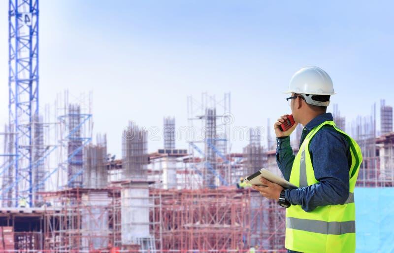 Ingenieurs en bouwwerven royalty-vrije stock afbeelding