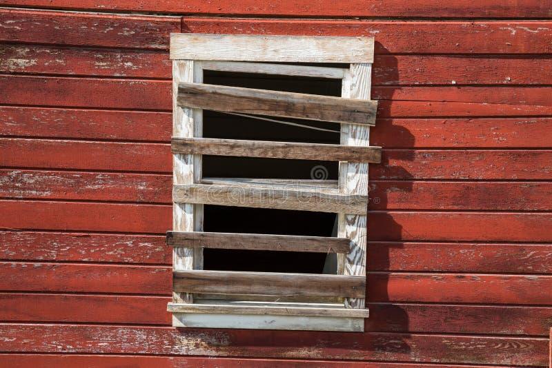 Ingescheept op venster in spookstad van Kennicott, Alaska Vroeger a stock afbeelding