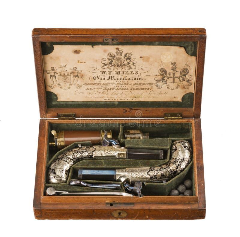 Ingesloten paarflintlock pistolen oude uitstekend en origineel royalty-vrije stock fotografie