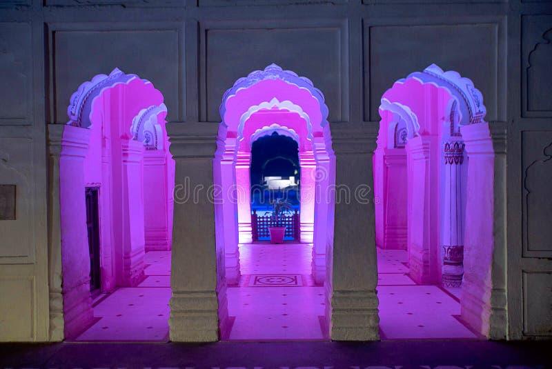 Ingewikkeldheid en asymmetrie in Vijay Vilas Palace, Bhuj royalty-vrije stock afbeelding