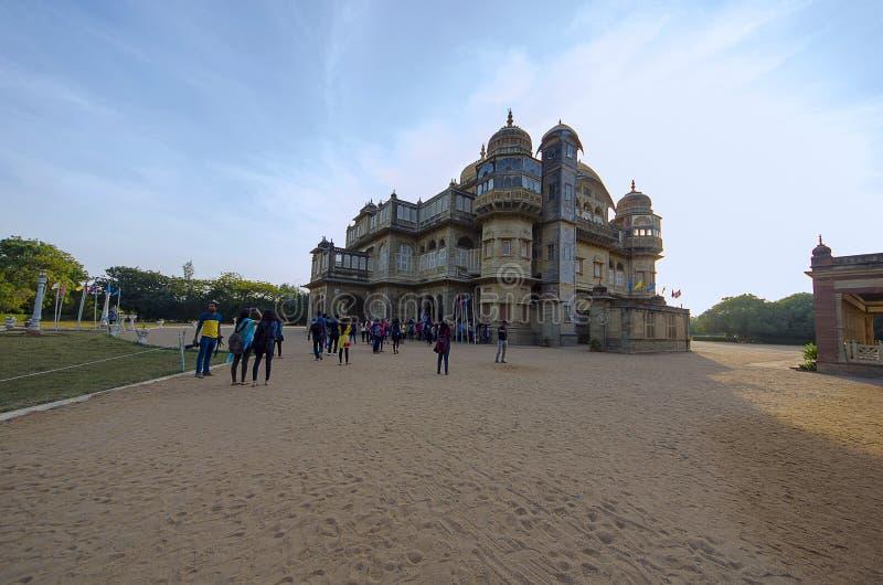Ingewikkeldheid en asymmetrie in Vijay Vilas Palace, Bhuj royalty-vrije stock fotografie