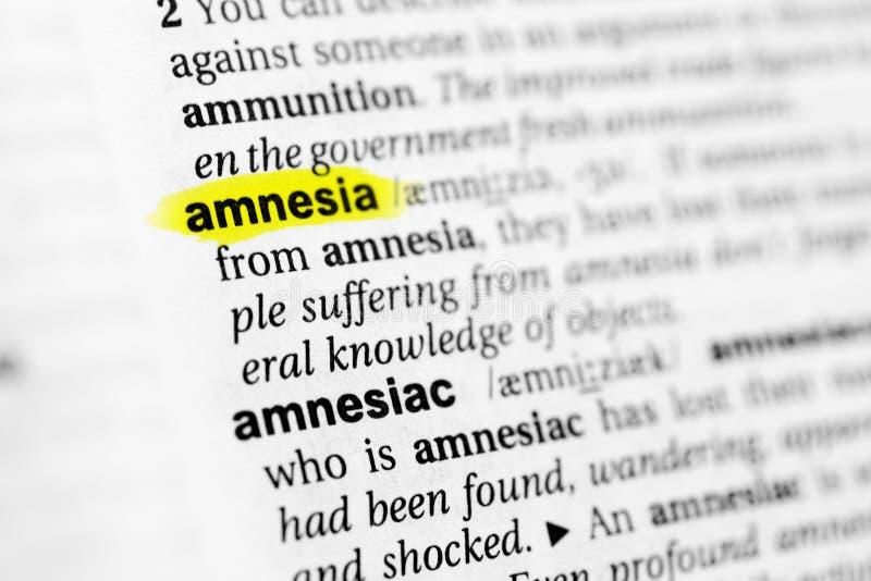 ` Inglês destacado da amnésia do ` da palavra e sua definição no dicionário fotos de stock royalty free