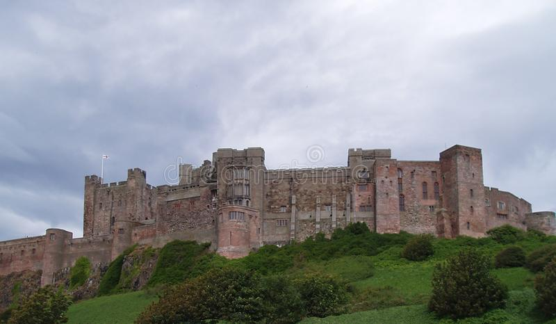 Inglaterra, Northumberland, castelo de Bamburgh, Norman Architecture, perto das beiras escocesas, fotos de stock royalty free