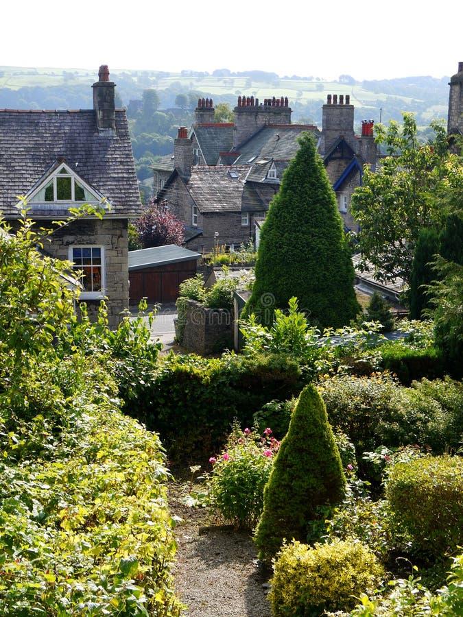 Inglaterra: vista de las casas de la ladera en Kendal foto de archivo