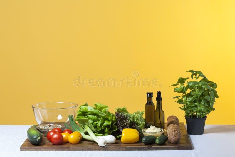 Ingrédients de salade photos stock