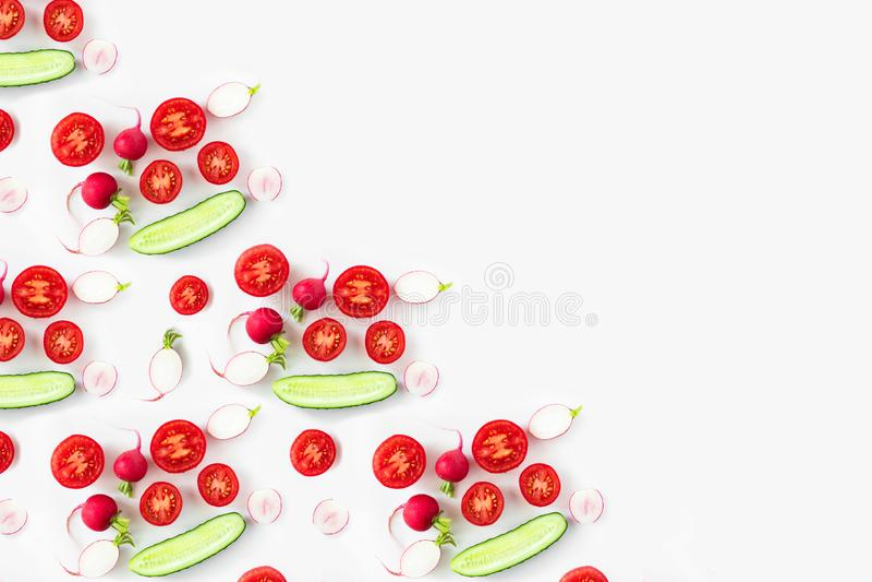 Ingrédients de salade de légume frais tirés ci-dessus photographie stock libre de droits