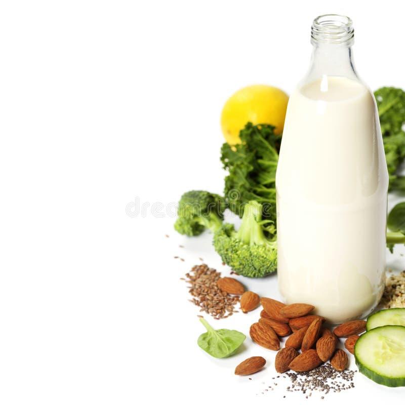 Ingrédients de smoothie vert photographie stock libre de droits