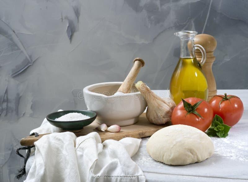 Download Ingrédients De Traitement Au Four Image stock - Image du floured, malaxez: 8667661
