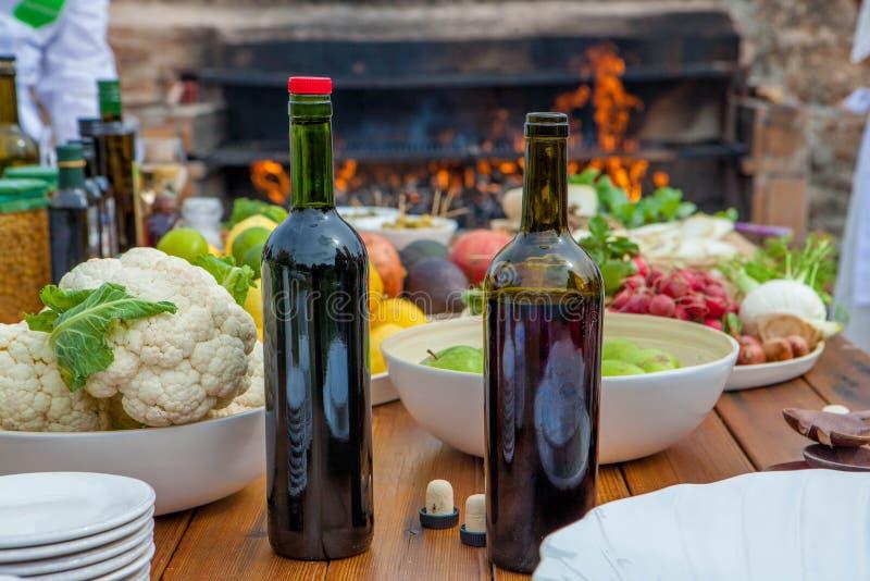 Ingrédients méditerranéens de cuisine et de cuisson photographie stock libre de droits