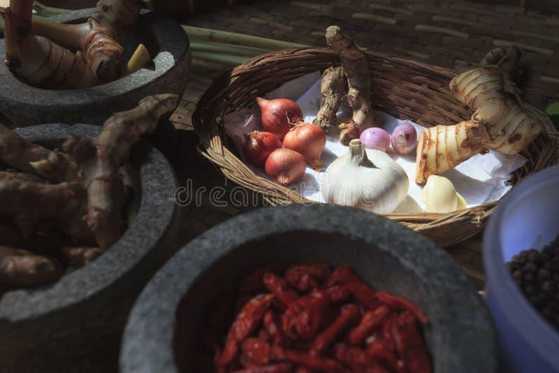 Ingrédients thaïlandais faisant cuire pour TOMYUMKUNG photo stock