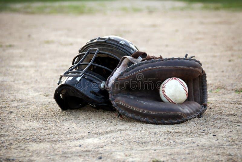Ingranaggio del ` s del ricevitore di baseball del ` s degli uomini immagine stock