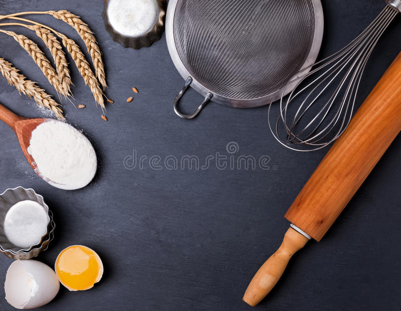 Ingrediënten en werktuig voor baksel royalty-vrije stock fotografie