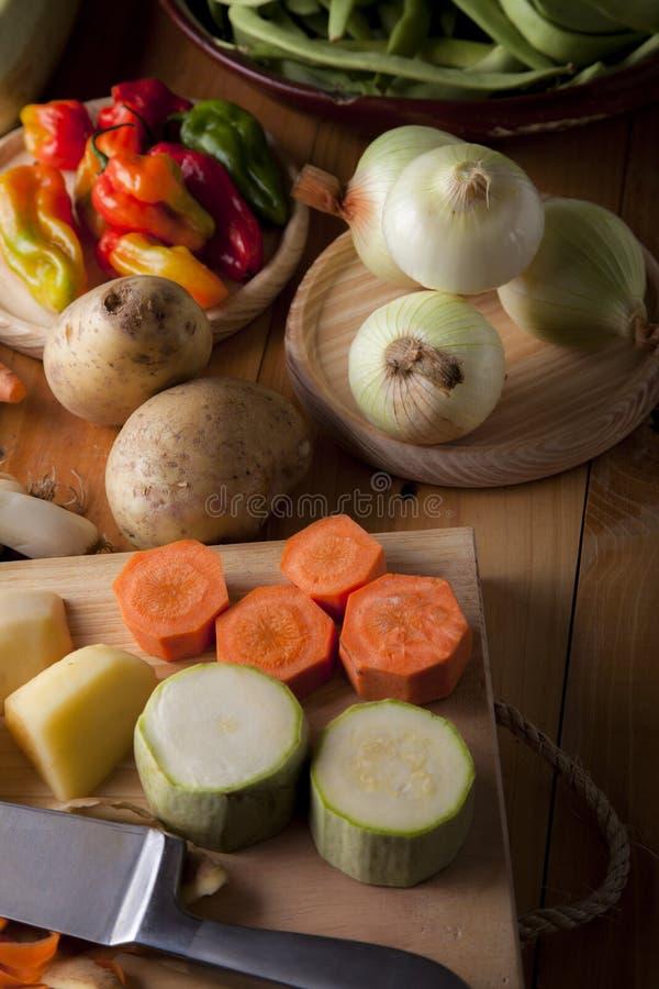Ingrediënten om veganist of vegetarisch voedsel, gezond voedsel FO voor te bereiden stock foto