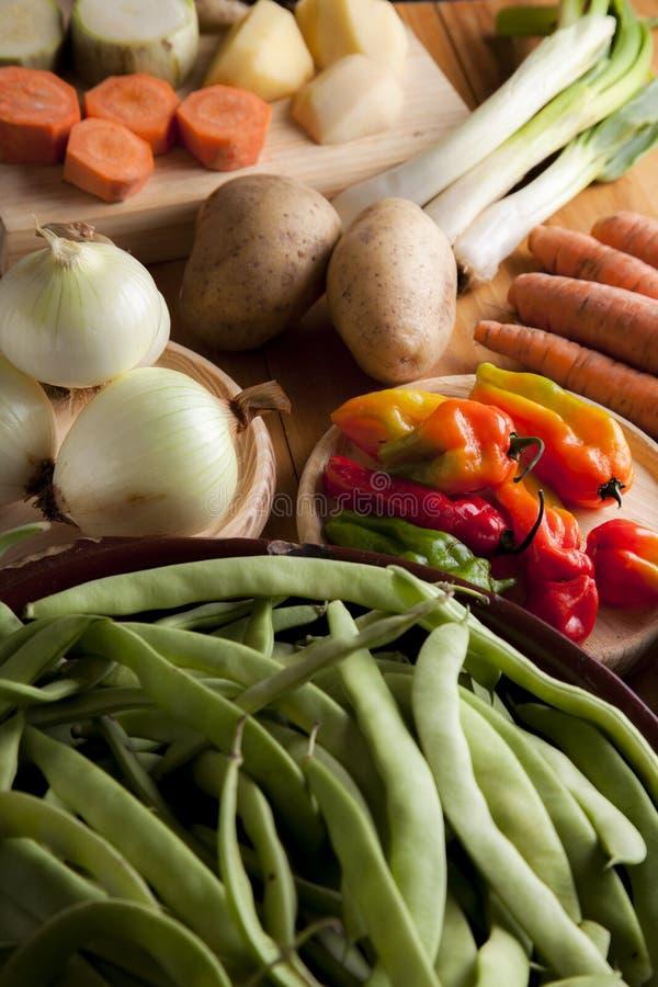 Ingrediënten om veganist of vegetarisch voedsel, gezond voedsel FO voor te bereiden stock afbeelding