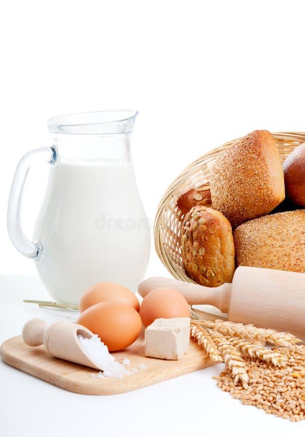 Ingrediënten voor eigengemaakt brood stock foto