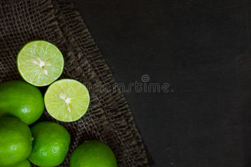 Ingrediëntenkalk op Donkere Houten close-up royalty-vrije stock foto's