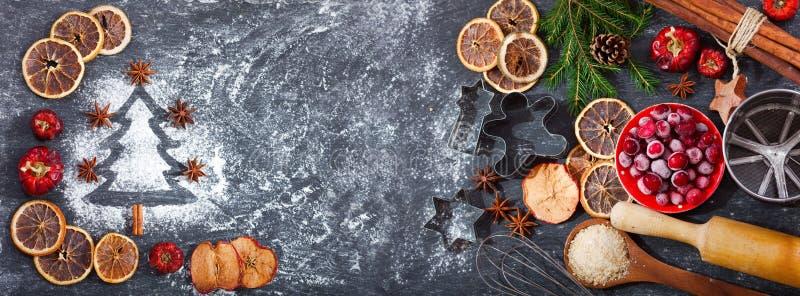 Ingredienser för att laga mat att baka för jul arkivbilder