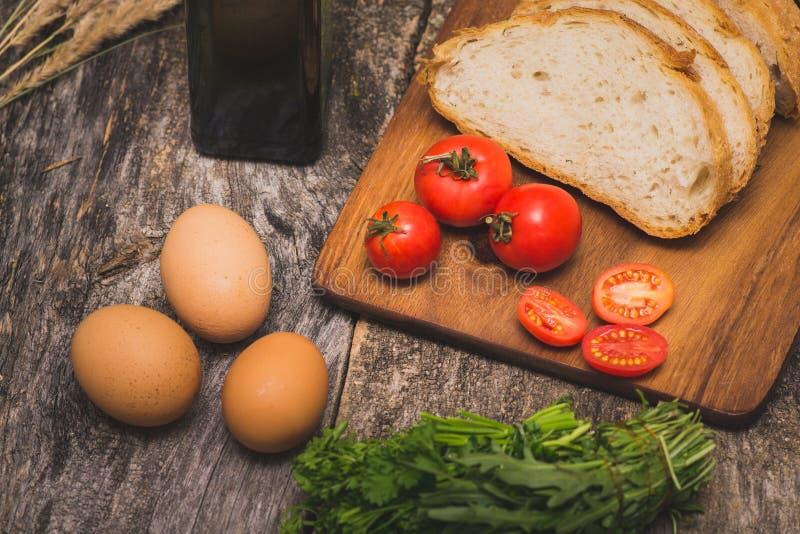 Ingredienser för frukost royaltyfri bild