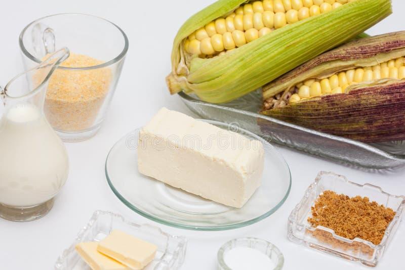 Ingredienser för majsbröd arkivfoto
