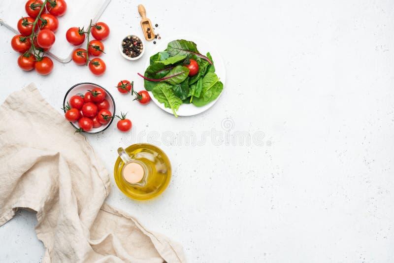 Ingredientes alimentarios de la cocina italiana fotografía de archivo libre de regalías