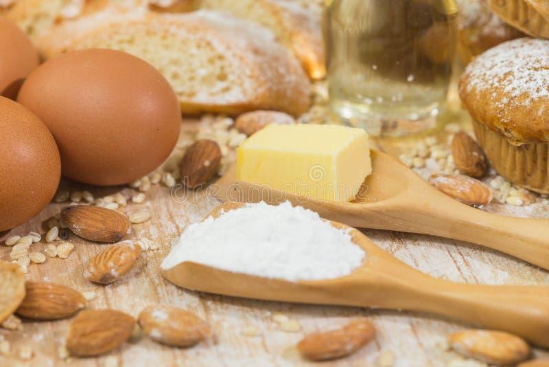 Ingredientes da padaria imagem de stock royalty free