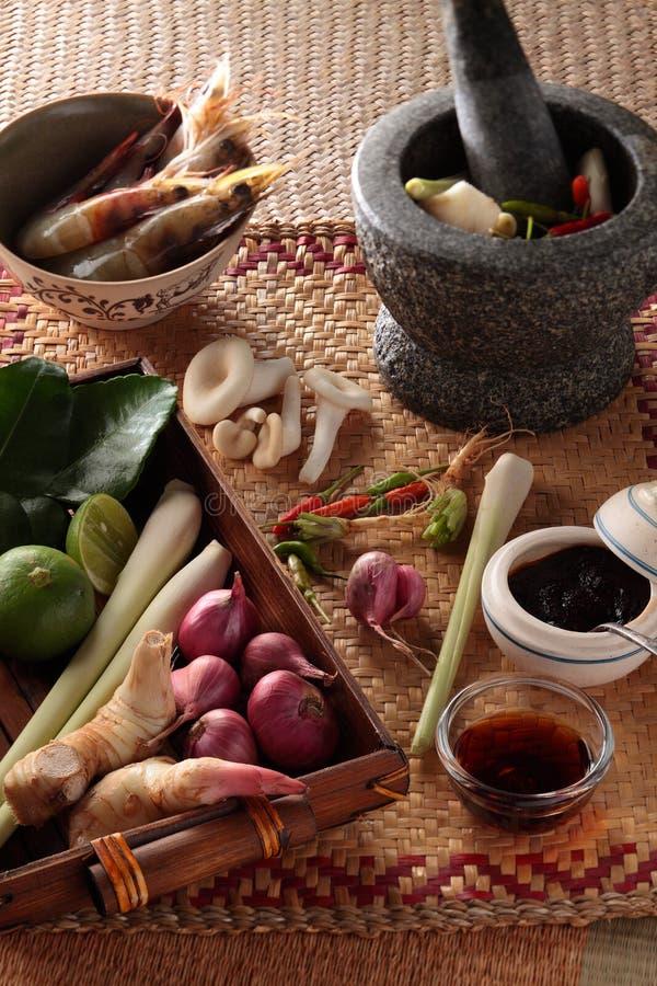 Ingredientes de cocinar tailandeses imágenes de archivo libres de regalías