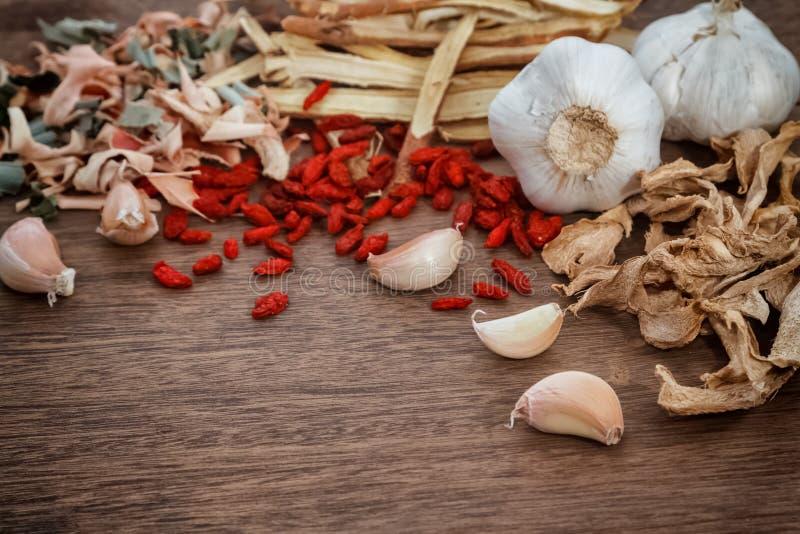 ingredientes de la medicina herbaria usados en m herbario tradicional fotografía de archivo