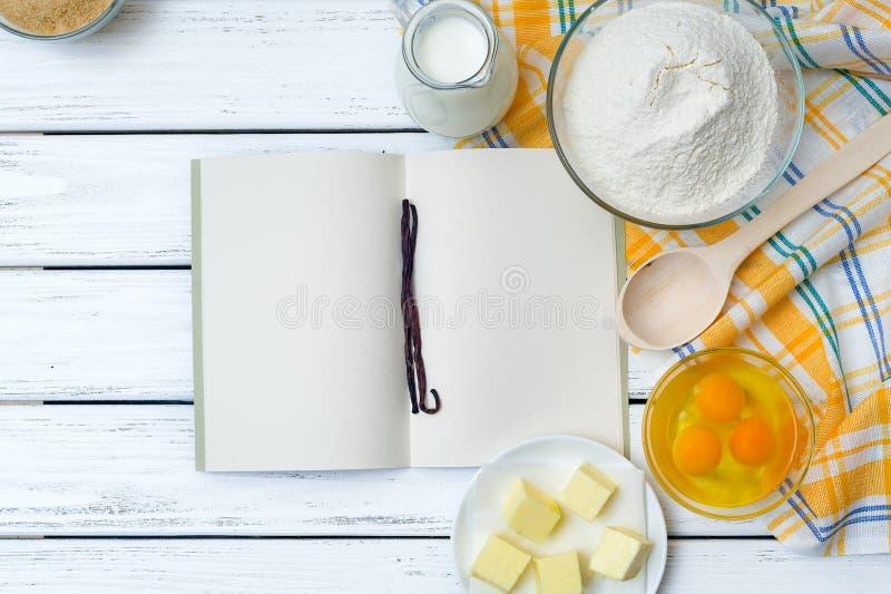 Ingredientes de la receta de la pasta foto de archivo libre de regalías