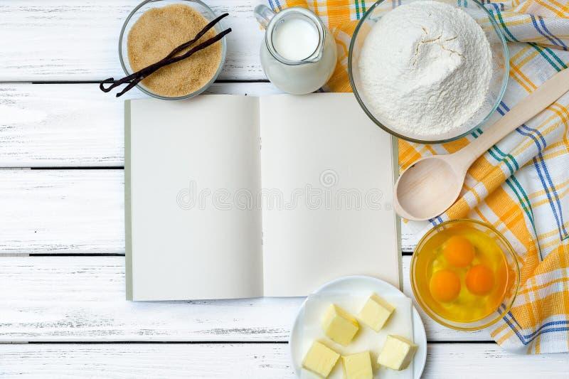 Ingredientes de la receta de la pasta imagenes de archivo