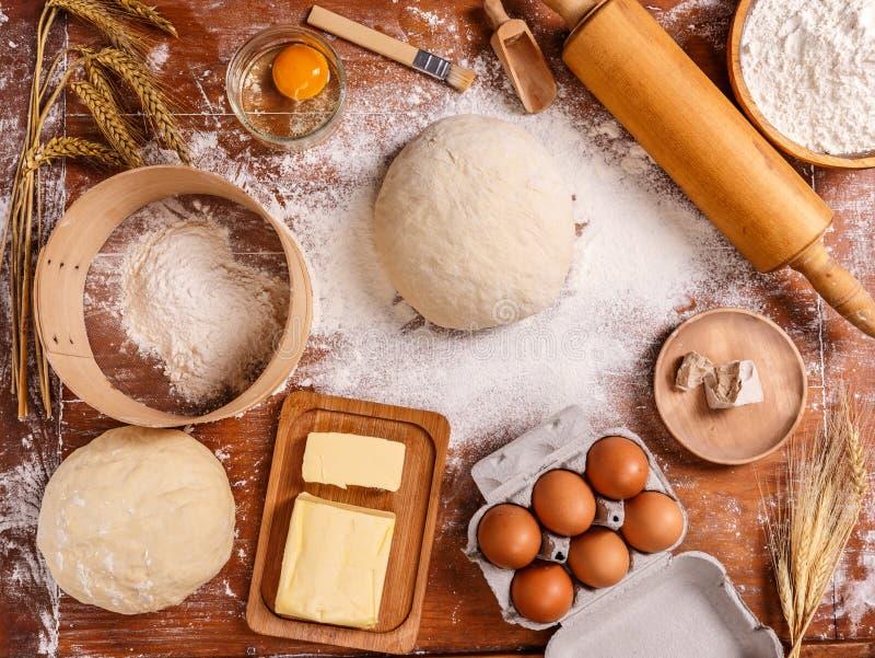 Ingredientes de la receta de la pasta imágenes de archivo libres de regalías