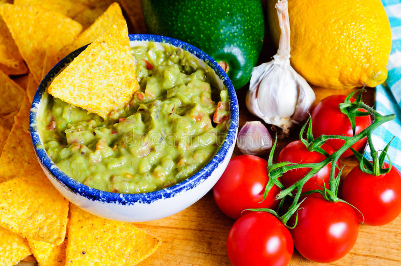 Ingredientes do guacamole do abacate foto de stock royalty free