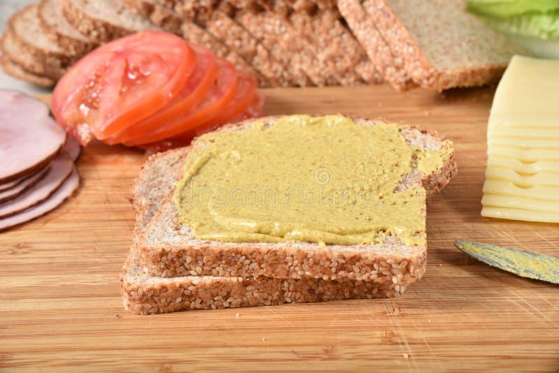 Ingredientes do sanduíche do presunto e do queijo imagens de stock royalty free