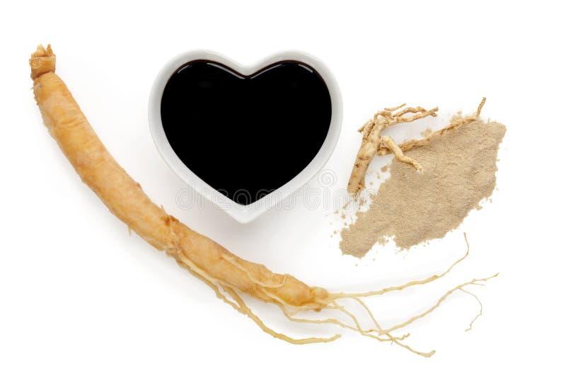 Ingredientes, extracto, raíz y polvo del ginseng imágenes de archivo libres de regalías