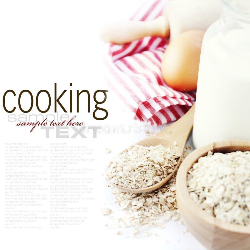 Ingredientes frescos para bolinhos de oatmeal foto de stock