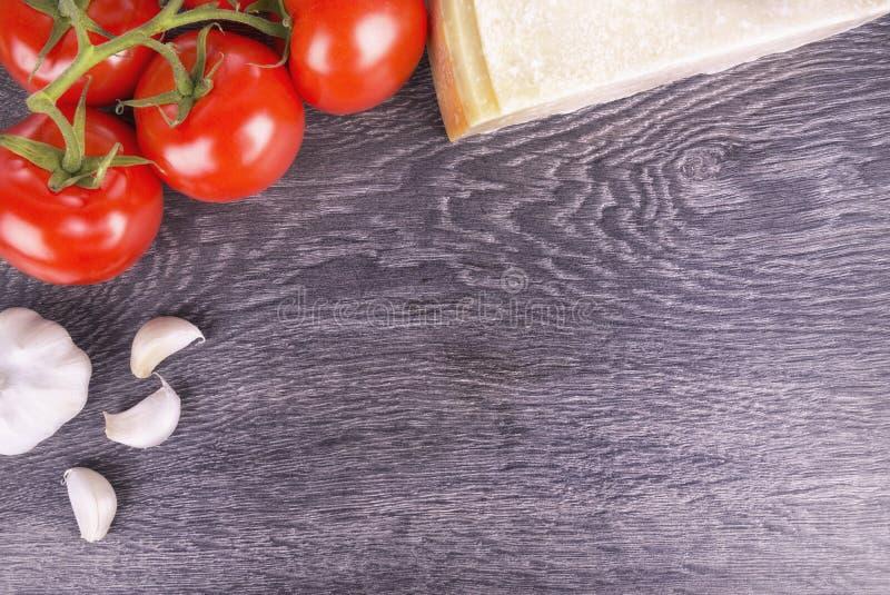 Ingredientes italianos de la cocina imágenes de archivo libres de regalías