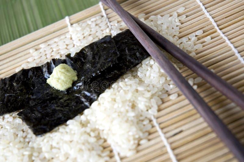 Ingredientes japoneses crus imagem de stock royalty free
