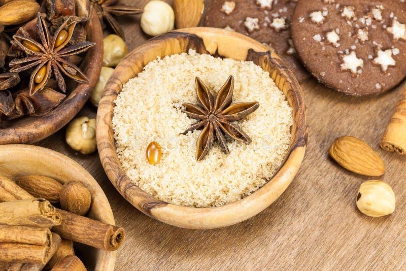Ingredientes para biscoitos de cozimento do Natal imagem de stock