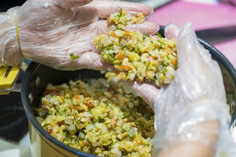 Ingredientes para hacer el relleno para hacer la luna-torta para el festival de mediados de otoño tradicional chino y vietnamita  fotografía de archivo libre de regalías