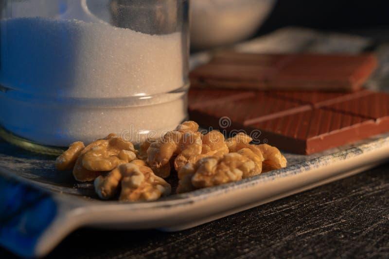 ingredientes para hacer las galletas hechas en casa del chocolate fotos de archivo libres de regalías